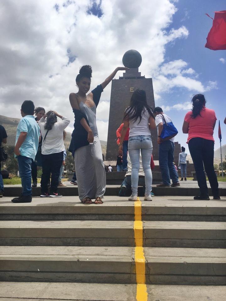 Mitad-del-Mundo-quito-ecuador