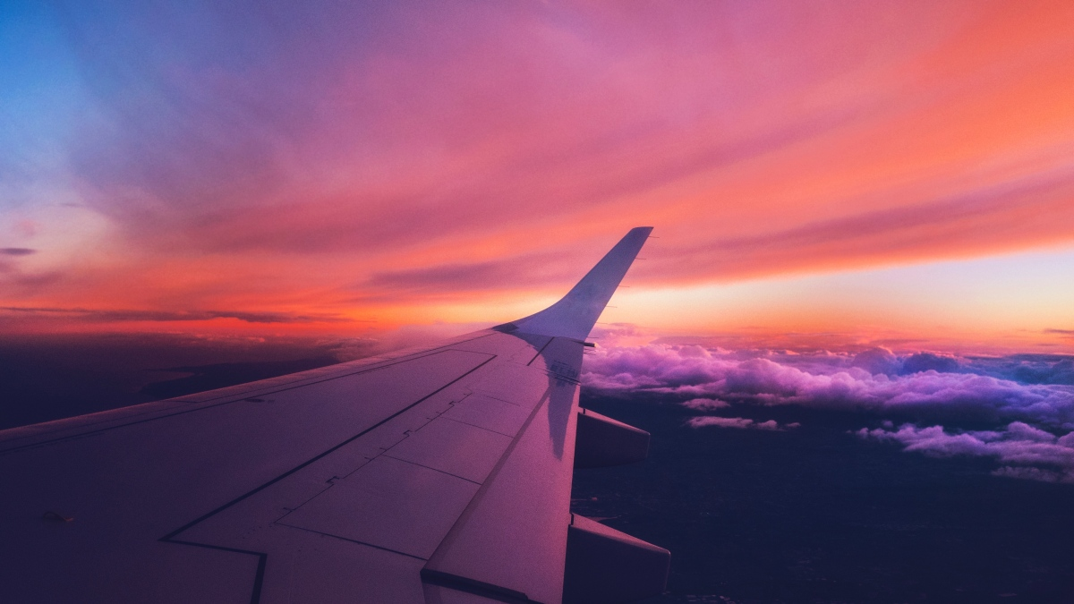 How to Find Crazy Cheap Flight Deals Without Breaking the Bank